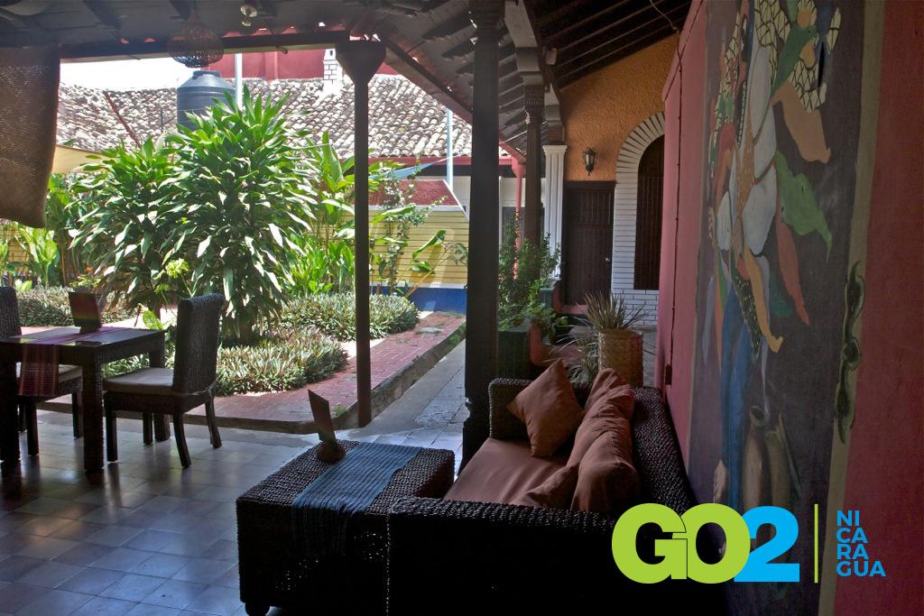 Hostal el momento go2 granada nicaragua for Hostal jardines granada